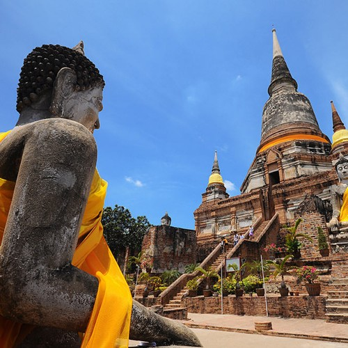 Ayutthaya Capital Antigua en bicicleta