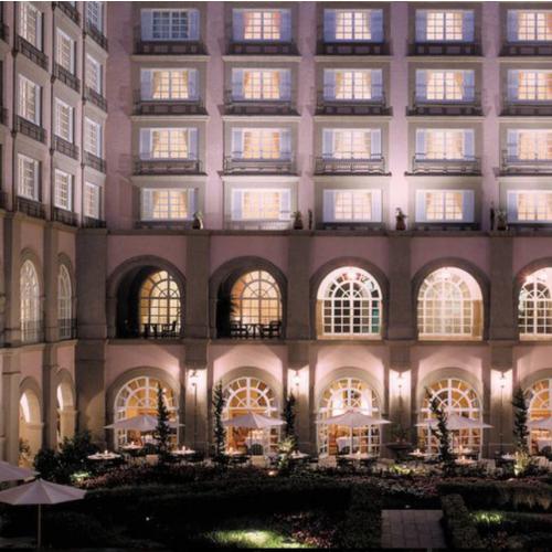 Noche de hotel Four Seasons CDMX